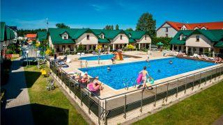 Domki Apartamentowe FULAY Premium Karwia podgrzewane baseny