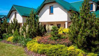 Domki Apartamentowe FULAY Premium Karwia ogród