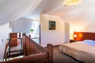 Domki Apartamentowe FULAY Premium Karwia DOMEK APARTAMENTOWY DWUPOZIOMOWY 4-osobowy - sypialnie