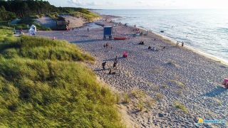 Domki LILIOWA ZATOKA Bobolin plaża w Bobolinie