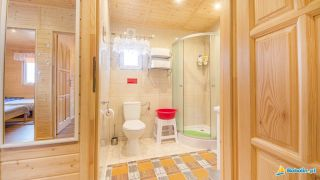 Domki LILIOWA ZATOKA Bobolin łazienka