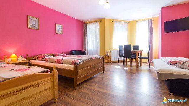 Domki i Apartamenty ALTAMIRA Ostrowo Pokój czteroosobowy