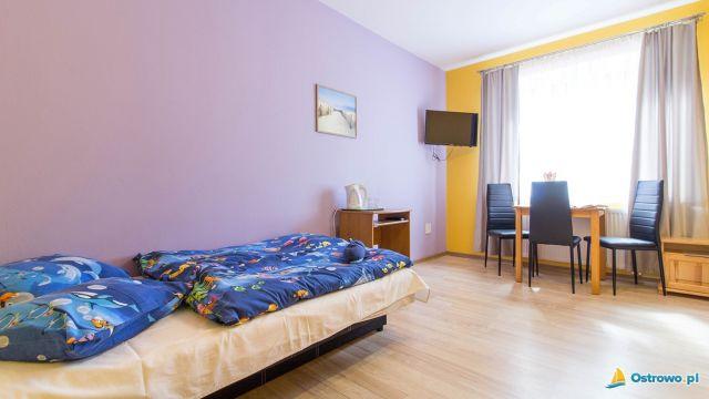 Domki i Apartamenty ALTAMIRA Ostrowo Pokój trzyosobowy na wysokim parterze