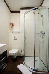 Pensjonat Restauracja BOSS Dziwnów łazienka