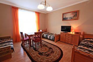 Domki i pokoje OLIVIA Darłówko pokój 3-osobowy