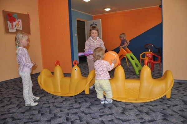 Ośrodek Wypoczynkowy SŁOWIANKA Darłówko Świetlica dla dzieci