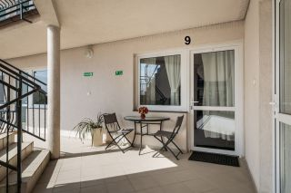 Apartamenty i pokoje gościnne 4 KĄTY Karwia taras pokoju nr 9