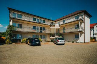 Apartamenty i pokoje gościnne 4 KĄTY Karwia budynek